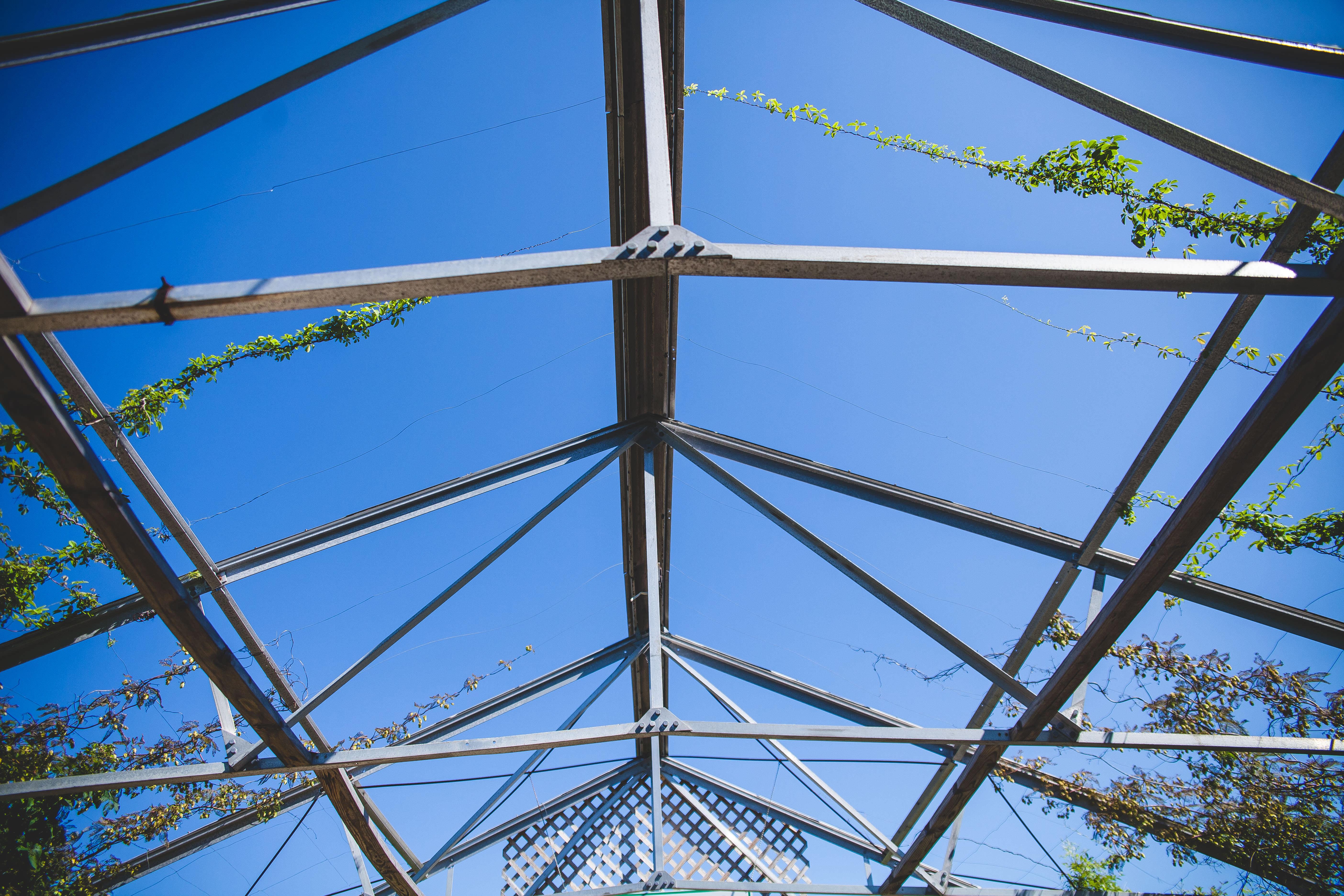 Konstruksi Rangka Atap Baja Ringan Pilihan Tepat Rumah Anda
